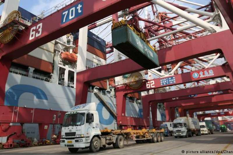 根據《華爾街日報》,貿易戰讓中國製造業為了加速生產高品質產品而提升了競爭力。這是美國始料未及的結果。(德國之聲)