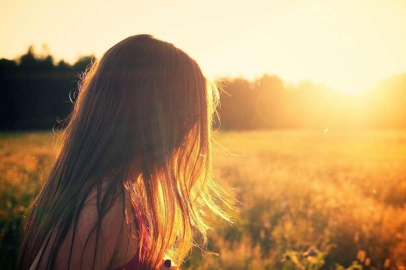 示意圖。英國首屈一指的神經學家近日指出,英國可能有20萬自閉症女性未獲得診斷(美聯社)