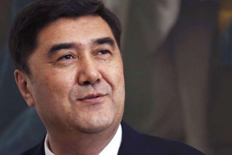 中國國家能源局局長努爾白克力遭免職,可能與副局長涉嫌收賄有關(美國之音)