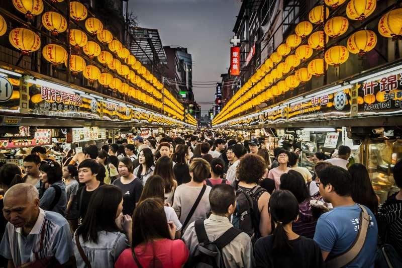 食安疑慮長期存在台灣人的心中,究竟台灣食品產業哪裡出了問題?(圖/Pixabay@Robert_Pastryk)