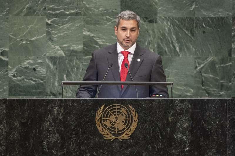 巴拉圭總統阿布鐸(Mario Abdo Benítez)在聯合國大會總辯論中支持台灣被納入聯合國體系的合法請求。(取自聯合國官網)