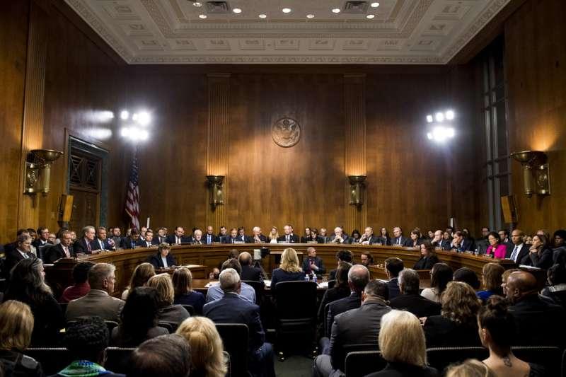 美國聯邦參議院司法委員會舉行聽證會,希望釐清卡瓦諾的性侵醜聞。(美聯社)
