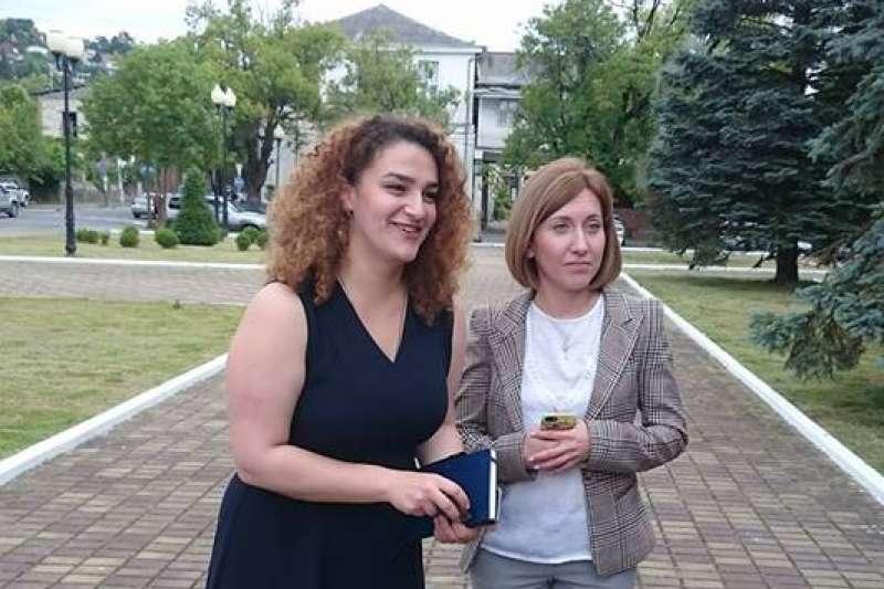 阿布哈茲:外交部拉美亞太司司長祖克巴(右)(小律師的非主流歷險提供)