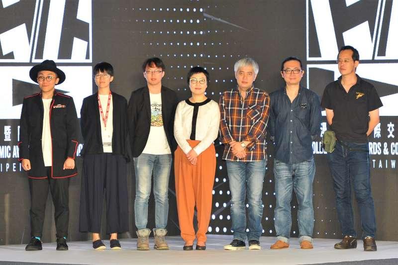 第九屆金漫獎入圍者葉羽桐、61Chi、奭、常勝、阮光民、李隆杰。(文化部提供)