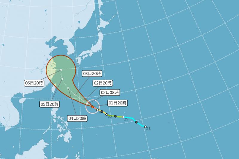 強颱康芮晚間8時路徑潛勢預報圖。(取自氣象局官網)