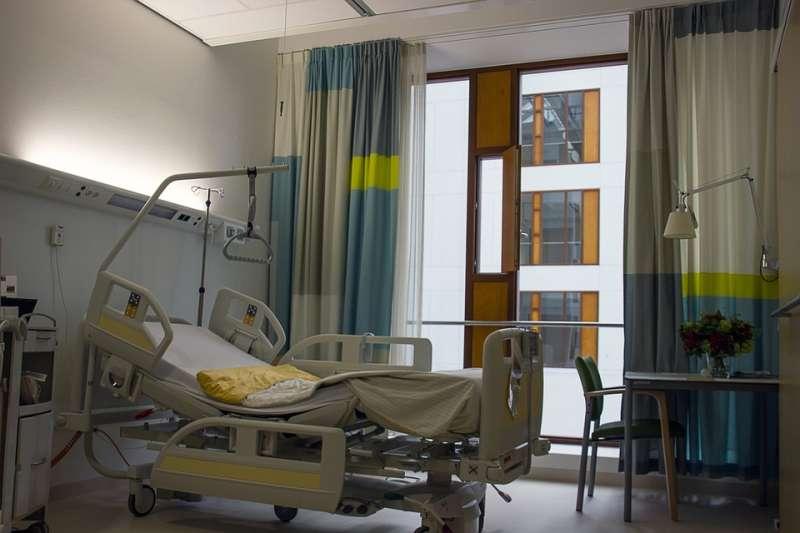 醫院 病房(示意圖/corgaasbeek@pixabay)