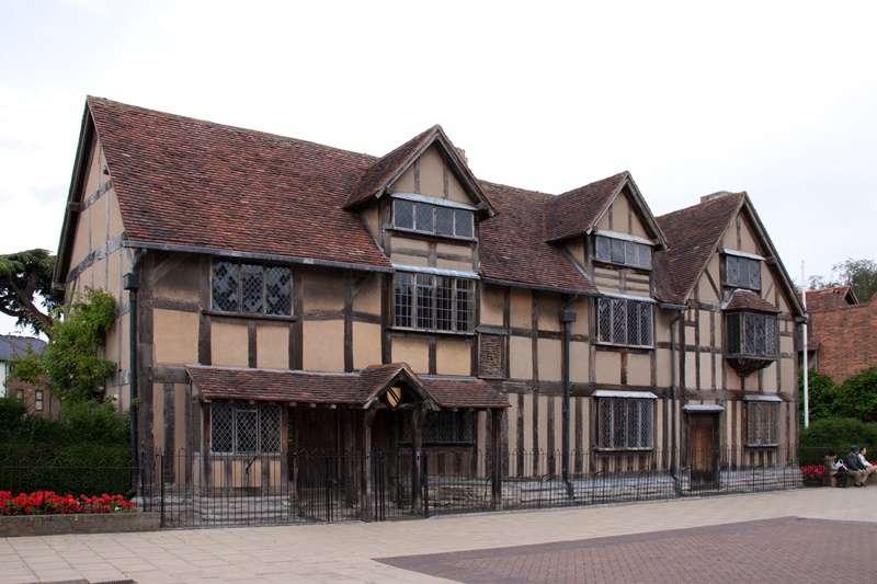 中國江西省撫州市付費獲得英國授權,將建造複製莎士比亞故居,希望提振觀光。(圖/維基百科)
