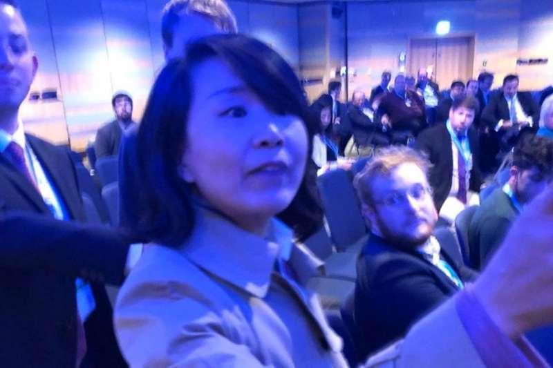 中國央視記者孔琳琳(YouTube)