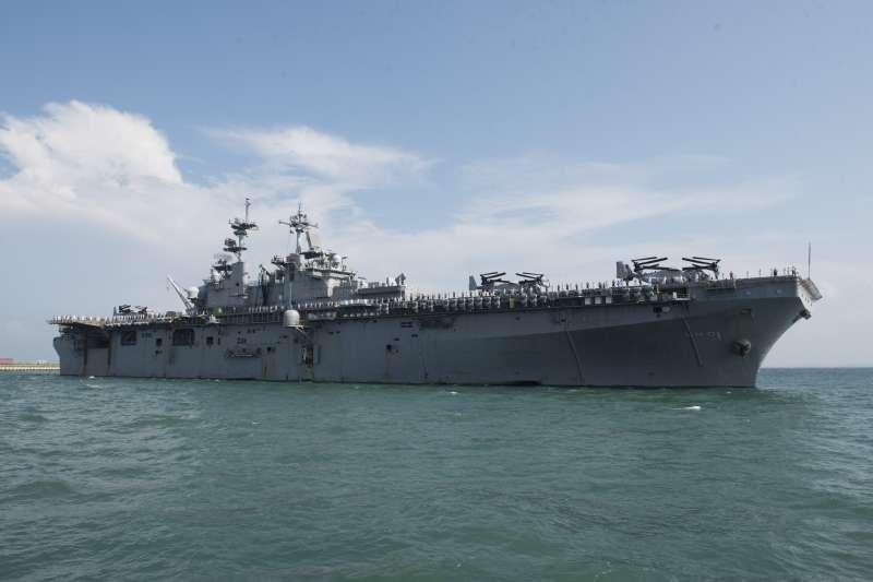 美軍兩棲攻擊艦黃蜂號。(美國海軍官網)