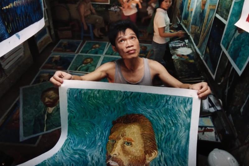 位於深圳的「大芬村」,全村上下,都是油畫工人。(圖/截至YouTube)
