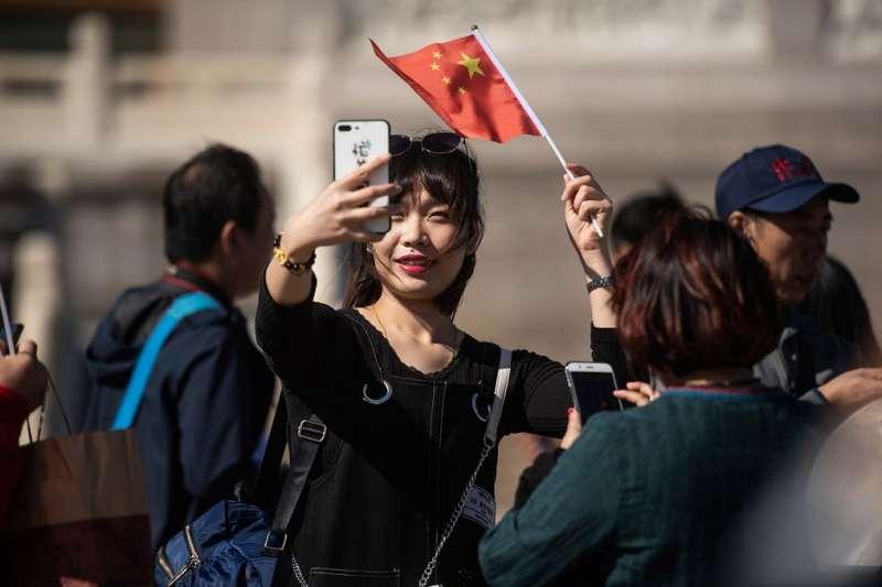 大量中國民眾在中國「國慶黃金周」外出遊玩。(圖/BBC中文網)