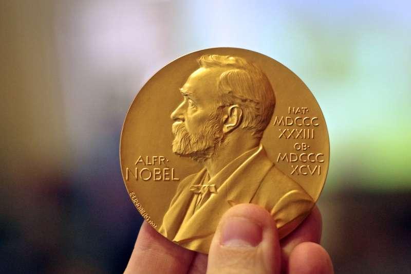 諾貝爾獎起初只設有物理、化學、生理學或醫學、文學、和平5個獎項而已。(圖/ Adam Baker @flickr)