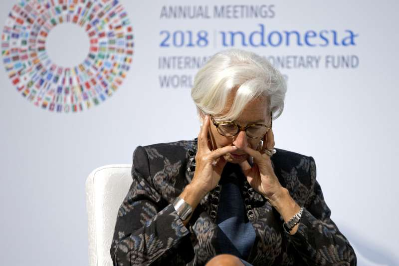 2018年10月,國際貨幣基金組織(IMF)總幹事拉加德(Christine Lagarde)在印尼峇里島舉行會談(AP)