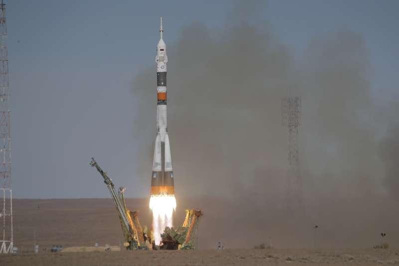 2018年10月11日,飛往國際太空站的「聯合號」太空船發射後出現故障,載有兩名太空人的太空艙緊急降落(AP)