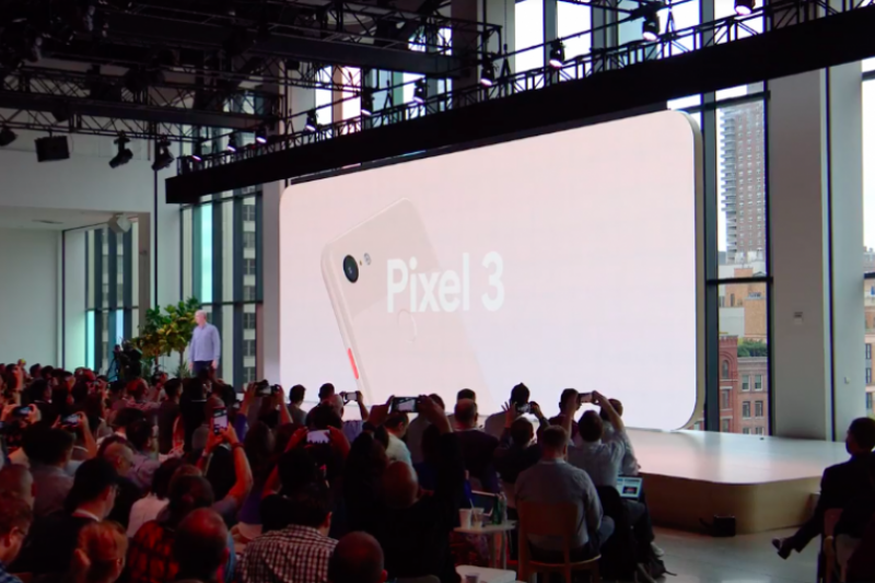 Google最新旗艦手機Pixel 3帶來更強大的相機功能與娛樂效果,這次台灣也列入首波上市名單。(圖/Google直播YouTube截圖,數位時代提供)
