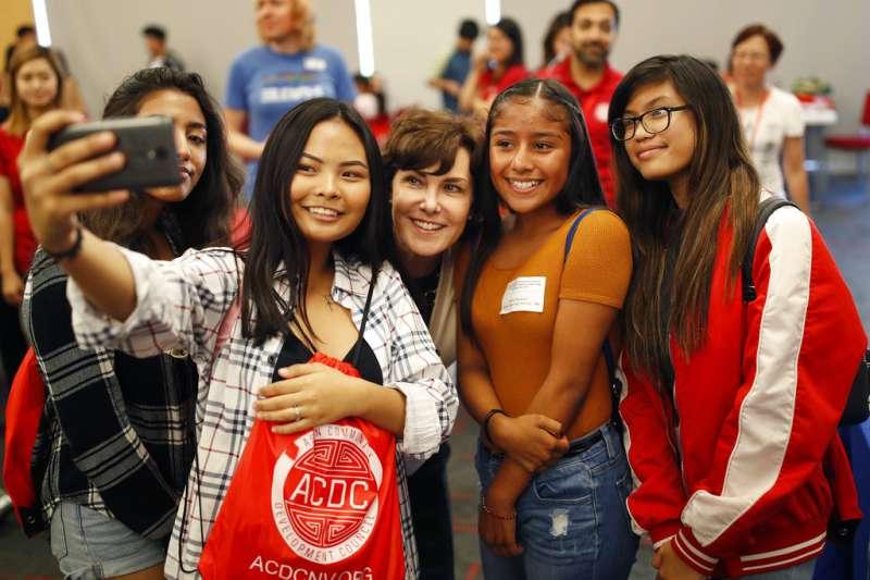 2018年美國期中選舉亞太裔參與熱情高漲。(AP)