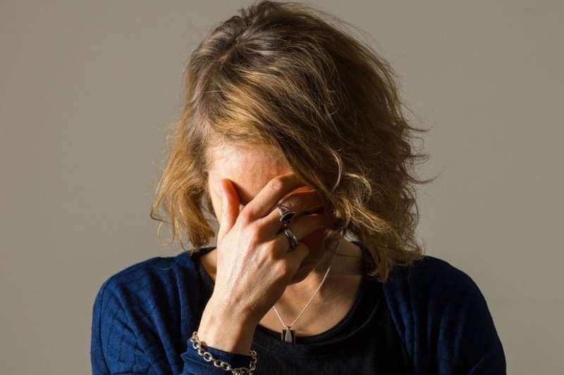 全世界1/4的人都會在一生中某個時候受到精神或神經疾病的困擾。(圖/BBC中文網)