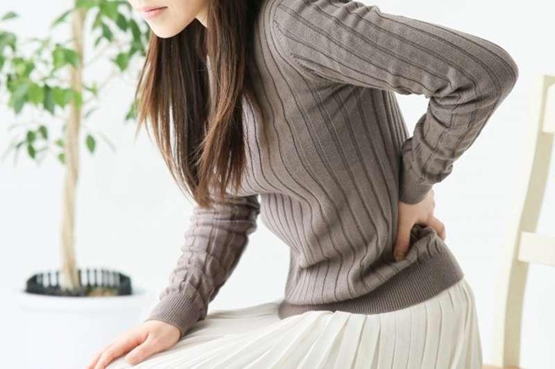 這10個生活中的小動作沒注意,小心腰痛又找上門!(示意圖/photoAC)