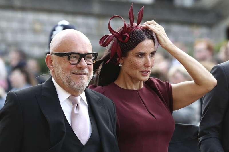 2018年10月12日,英國尤金妮公主(Princess Eugenie)下嫁酒商布魯克斯班克,女星黛咪摩兒觀禮(AP,美聯社)