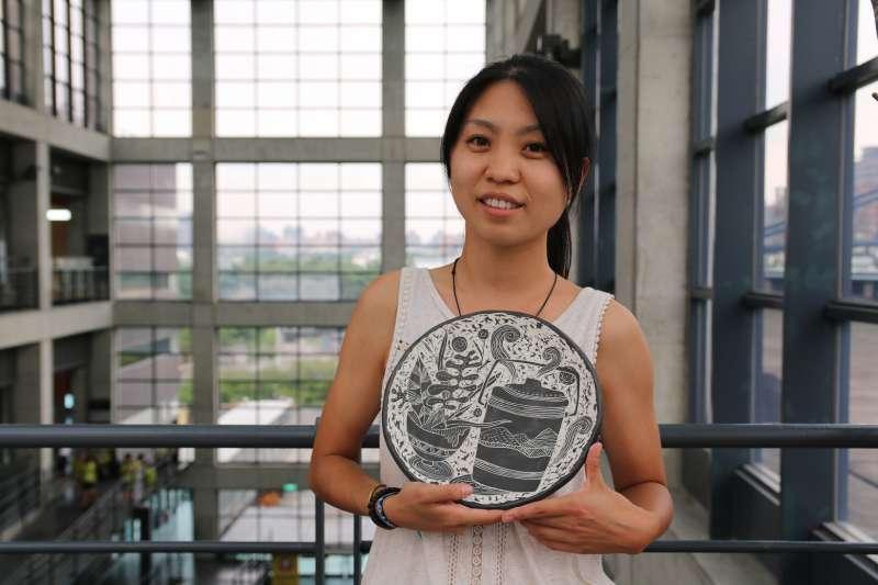 國立臺灣藝術大學書畫藝術學系造形藝術碩士班李婉萍喜歡藉由陶瓷創作追尋生命中的記憶。(圖/新北市鶯歌陶瓷博物館提供)