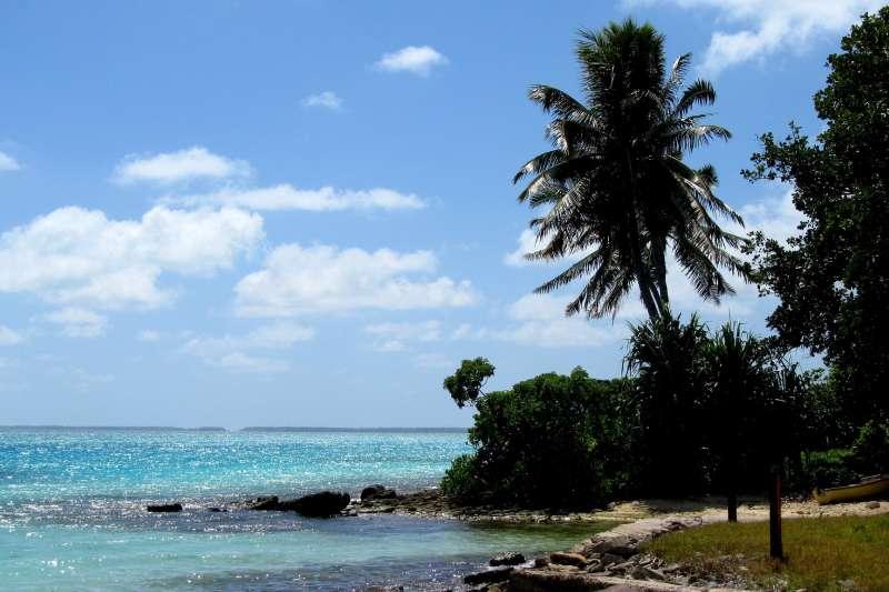 我國南太平洋友邦吉里巴斯面臨海平面上升的急迫威脅。(RamonaMona@pixabay)