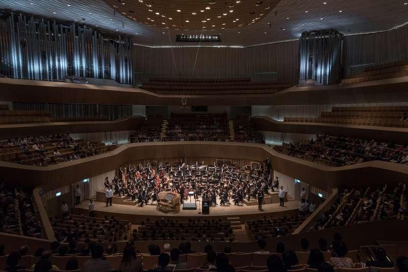 2018年10月13日,衛武營國家藝術文化中心開幕啟用典禮(總統府)