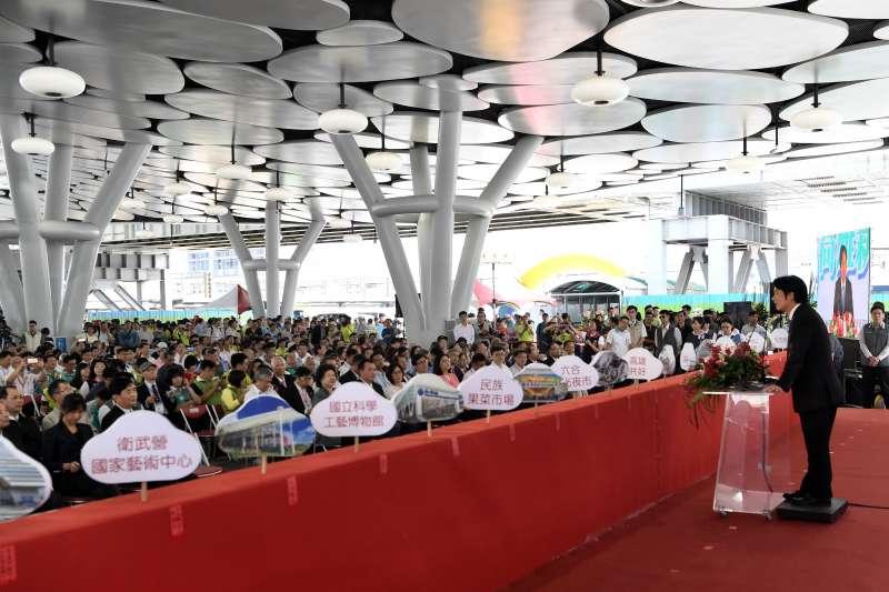 20181014-行政院長賴清德14日上午出席「高雄鐵路地下化通車啟用」典禮。(行政院提供)