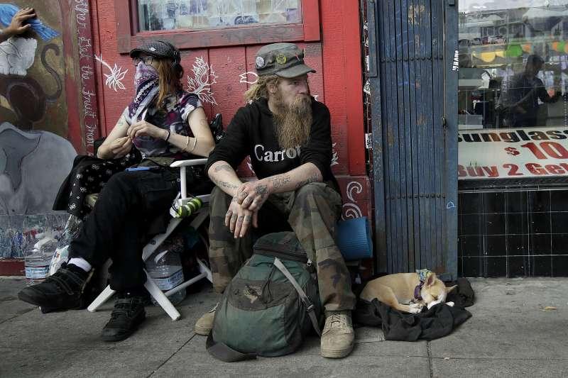 為解決遊民日益增加問題,舊金山將於11月舉行加稅公投,以幫助無家可歸者(AP)