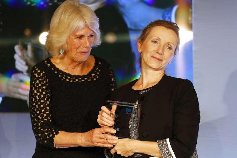 英國小說家安娜.伯恩斯(Anna Burns)以《送牛奶的男人》(Milkman,暫譯)獲頒英國「曼布克獎」。(美聯社)