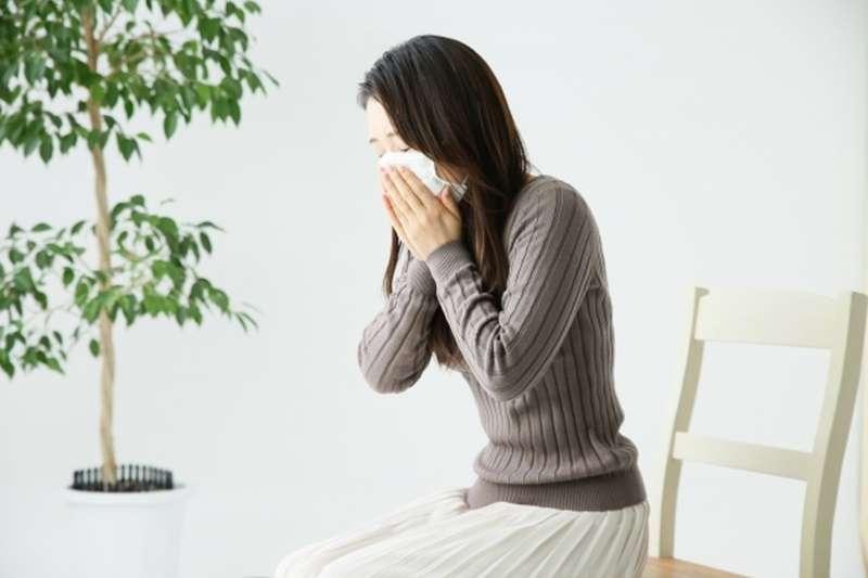 腎陰虛症狀 , 肺一旦變成菜瓜布,會怎樣?醫生警告:呼吸困難、咳嗽不斷…還有可怕症狀,嚴重恐沒命