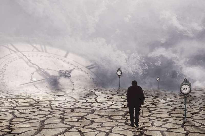 人類為這顆星球帶來的是進步、還是無法止血的傷害?(圖/Pixabay)