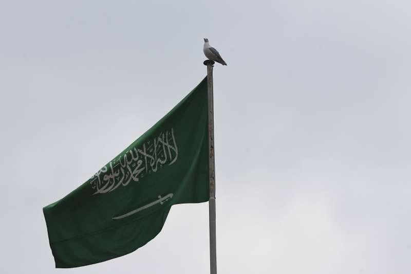 對於郭台銘說沙烏地承諾調降簽證費用,我國外交部回應樂觀其成。(美聯社)