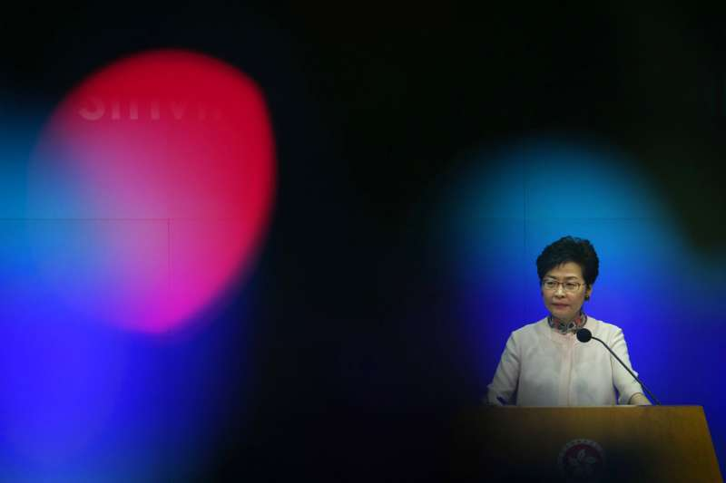 10月10日林鄭月娥出席立法會說明施政報告。(AP)