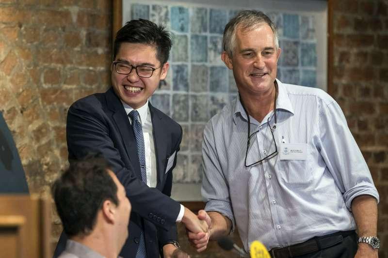 2018年8月14日,香港民族黨召集人陳浩天受金融時報亞洲編輯馬凱之邀出席外國記者協會演講。(AP)