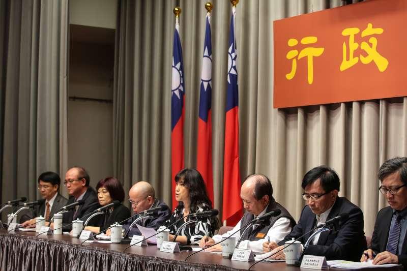 20181025-行政院發言人Kolas Yotaka25日主持行政院會會後記者會。(顏麟宇攝)