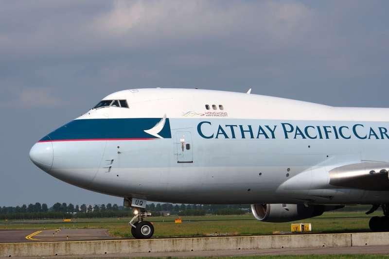 常搭國泰航空的人可能要注意了!傳出有高達940萬名旅客個資外洩,信用卡號、護照號碼都有被看光光的風險。(圖/pixabay)