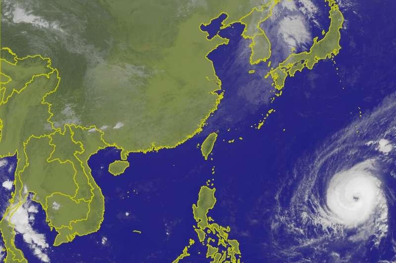 氣象專家彭啟明26日指出,台灣今天各地的天氣都相當不錯,不過需留意午後開始,北部及東北部地區將轉為有雨型態。(取自中央氣象局)