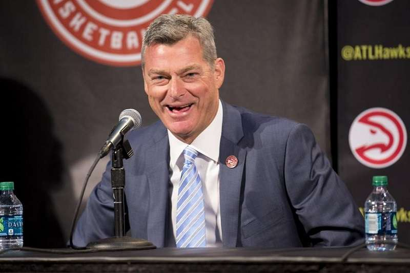 老鷹老闆雷斯勒承認剛開始入主球隊時,完全不知道自己在幹嘛。(美聯社)