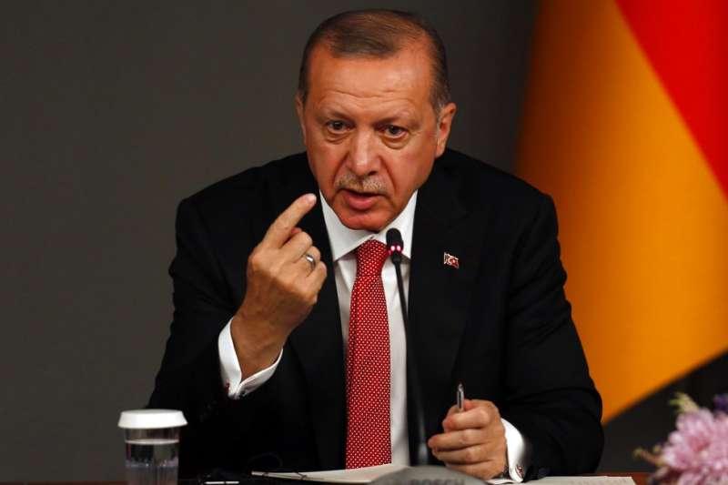 2018年10月27日,土耳其總統艾爾多安召開伊斯坦堡峰會,與德、法、俄三國領袖商討敘利亞情勢。(AP)