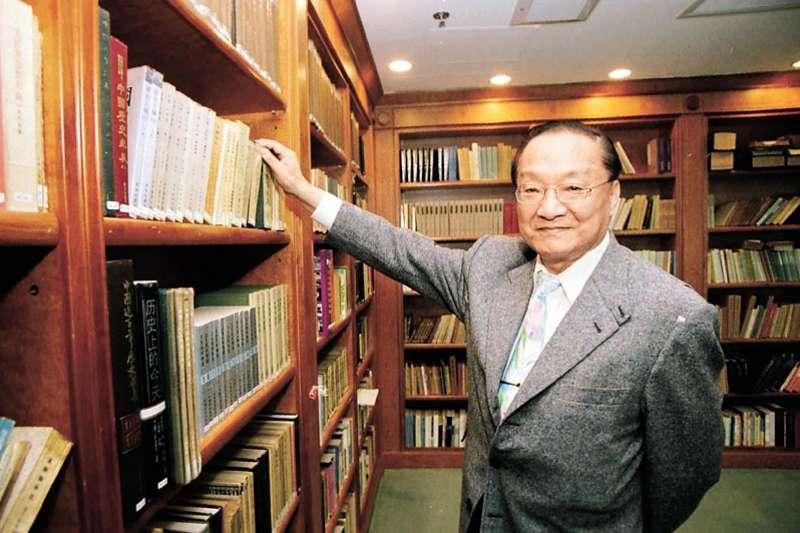 武俠小說家金庸,今病逝於香港。(資料照,取自視覺中國)