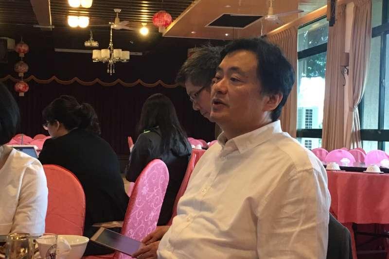 20181031-民進黨秘書長洪耀福31日與媒體茶敘,談論「韓國瑜現象」。(周思宇攝)