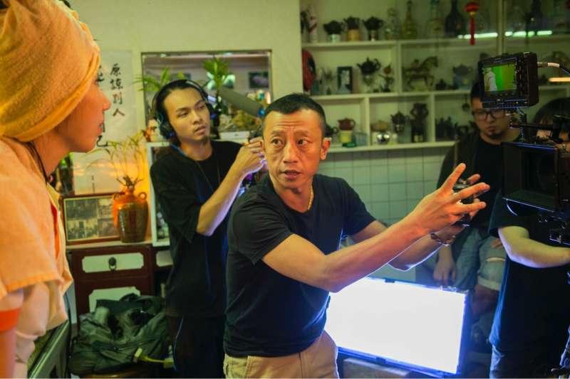 20181101-55屆金馬典禮主持人宣傳片,導演楊雅喆拍攝現場指導。(金馬執委會提供)