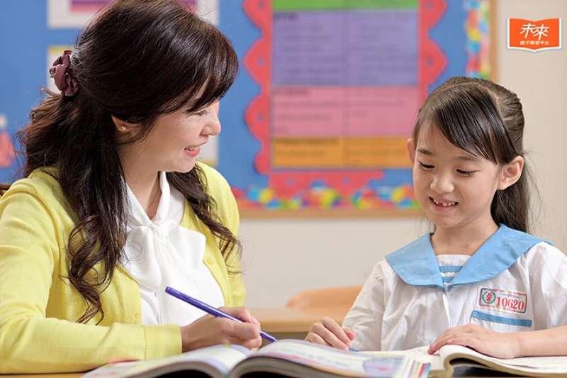 養兒育女不容易,很多父母在懵懂摸索中前進,也在犯錯失敗中成長。科技與醫學的發達,使得現代父母可以透過腦科學研究,更清楚了解個別差異的存在,並藉由大腦發展的脈絡找到教養教育的方針。(圖/未來family提供)