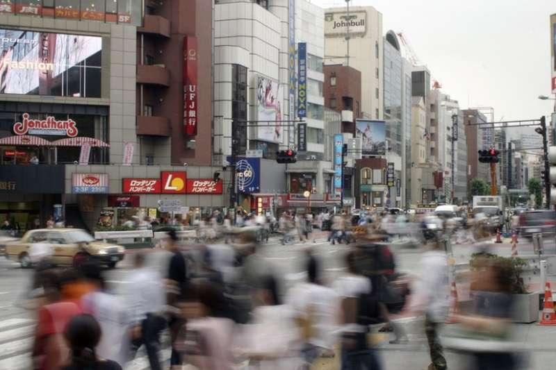 御宅族的數量年年上升,在日本社會已經是一項不容忽視的問題。(圖/BBC中文網)