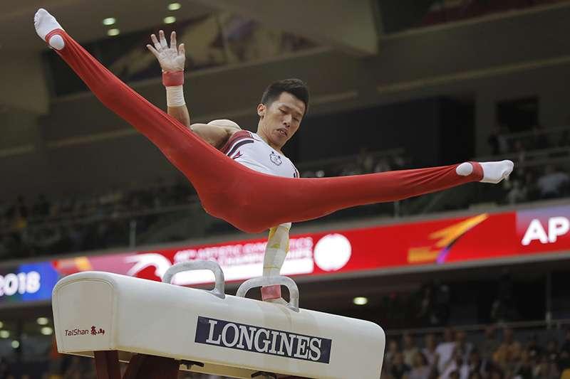 李智凱在體操世界盃德國科特布斯站,順利拿下金牌,同時也拿下了30分奧運積分,為2020東京奧運跨出重要的一步。(美聯社)