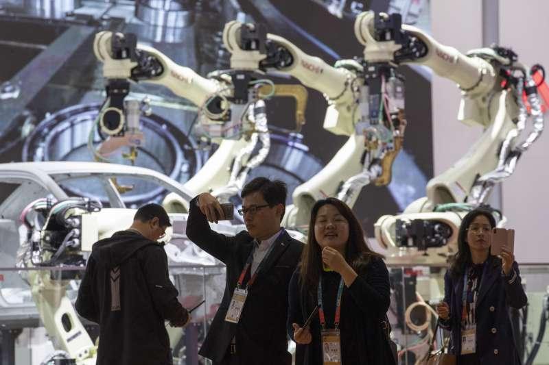 2018年11月5日,首屆中國國際進口博覽會在上海開幕(AP)