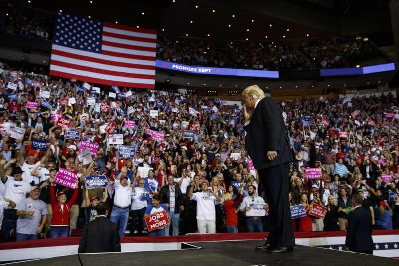 2018年11月美國期中選舉,牽動未來兩年政情,全球高度關注(AP)