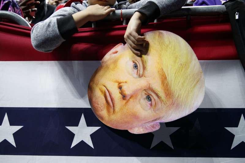 2018年美國期中選舉,川普不是候選人,卻無所不在。(AP)