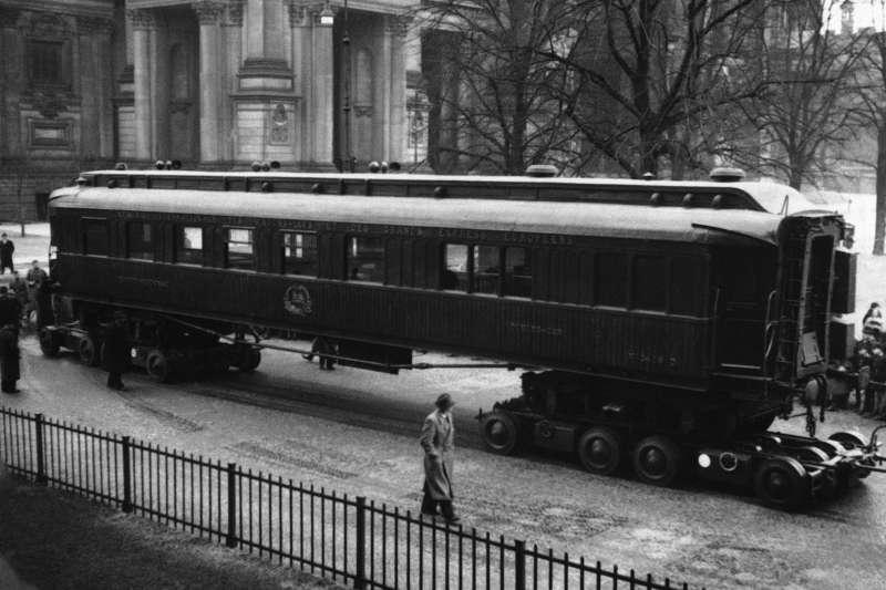 這節車廂是一戰停戰協定的簽訂地點,這是1941年3月24日的資料照片(美聯社)