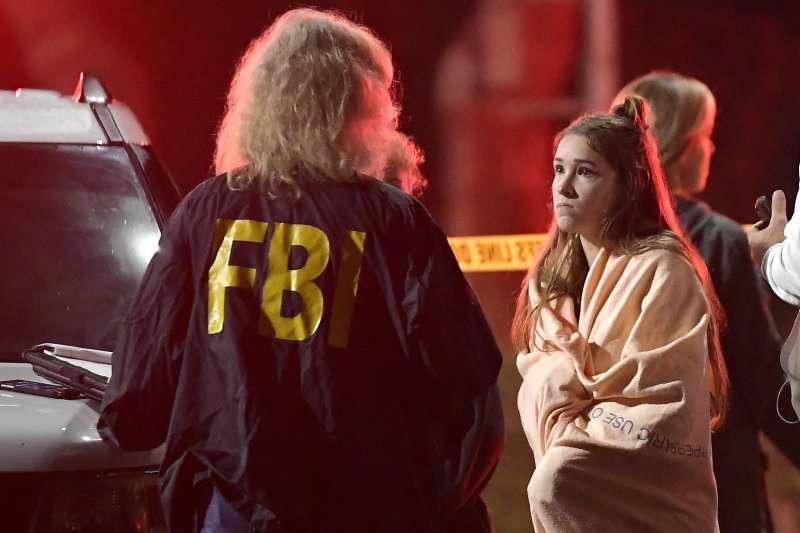 2018年11月7日,美國加州南部千橡市一家燒烤酒吧發生大規模槍擊案(AP)
